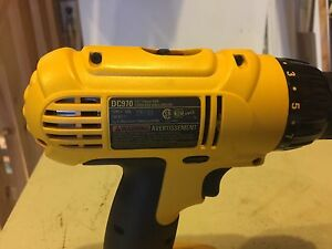 Dewalt 18v cordless  drill , 2 batteries , new in box