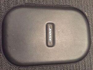 Bose Quiet Comfort  Q25 Noise Cancelling Headphones Cabarita Canada Bay Area Preview