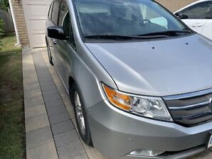 2013 Honda Odyssey Touring with RES/Navigation