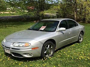 2003 Oldsmobile Aurora Car