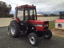 Caseih 885xl 2wd and 6 foot slasher Numurkah Moira Area Preview