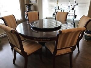 Versace style Dining Table with 6 chairs