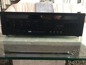 Amplificateur integré Sansui A-9 de 65 watts par cannal, AUBAINE