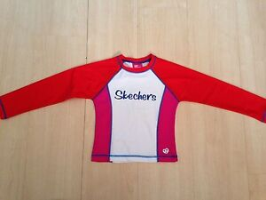 NEW sketchers long sleeve rashie. Size 5 Wembley Downs Stirling Area Preview