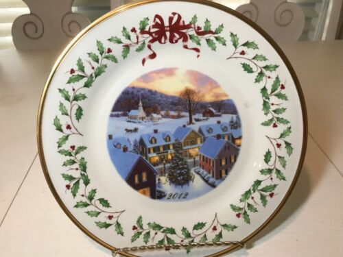 Lenox 2012 The Annual Holiday Collector Plate Christmas Twenty-Second in Series