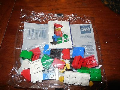 Lego 10065 Holiday Christmas Santas Elf Boy