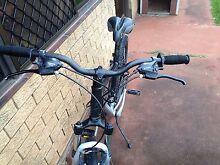 "Giant Mountain bike 17"" frame reduce price for quick sale Branxton Singleton Area Preview"