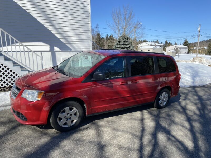 2012 grand caravan;;;stow and go seating;;$6994.00 | Cars ...