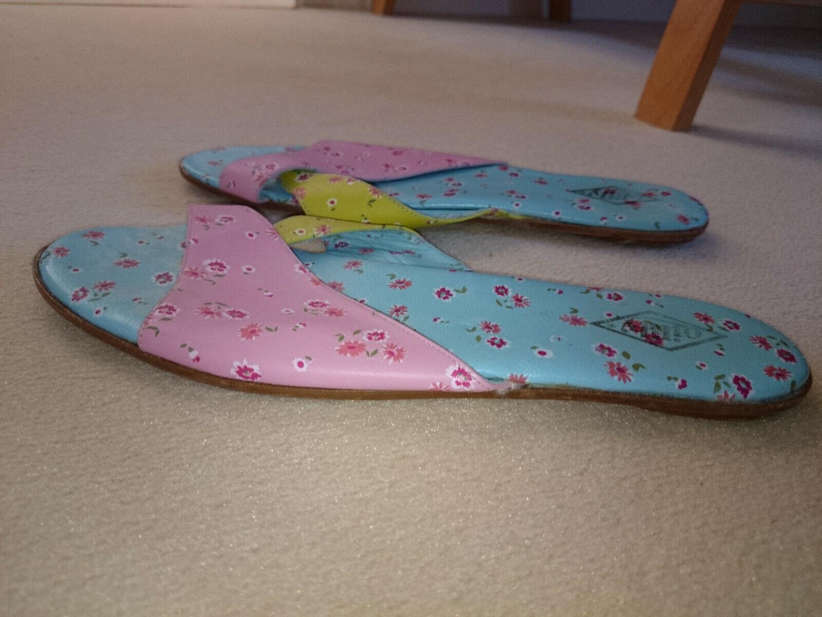 Claquettes - sandales - pointure 39 - marque oilily