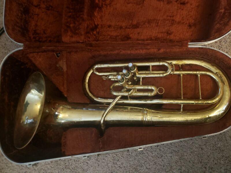 King Bb 625 Baritone Horn        Great Player!
