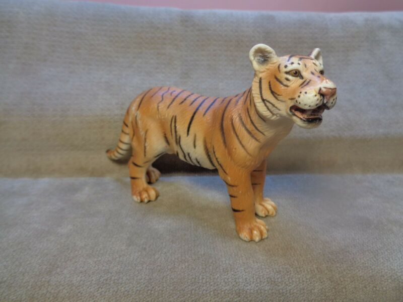 """SCHELICH 2003 Tiger 3"""" X 4.75"""" FIGURE CAKE TOPPER (MA105)"""