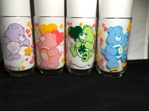 CARE BEARS drinking glasses1985 SET OF 4 VINTAGE 5 inch tall