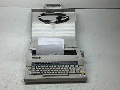Vintage Smith Corona Xe 5100 Spell Right Dictionary Electronic Typewriter W Case