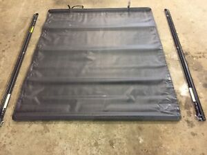 Couvre caisse tonneau cover 6'5 Ford f150 f250