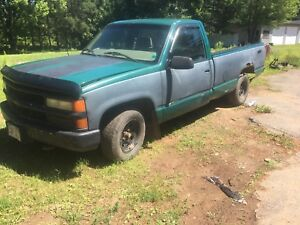 1998 Chevy 1500 truck for parts