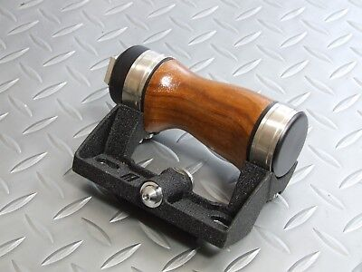 PENTAX Wood Hand Grip for 6x7 67