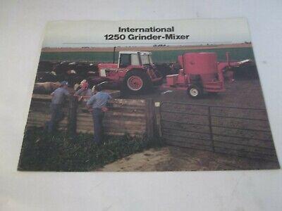 1979 International 1250 Grain Mixer For 186 Tractor Sales Brochure