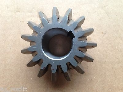End Gear for First Choice / Galfre GS Series Tedder 15 Tooth, 30mm Bore 0037GS