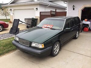 96 Volvo 850 2.4 L in great shape