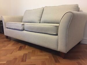 Hampton Style Plush Sofa Taylors Lakes Brimbank Area Preview