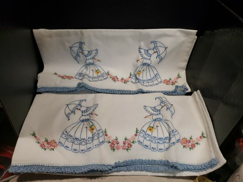 Vintage Beautiful set2 Pillowcases Southern Belle hand made Embroidered Crochet