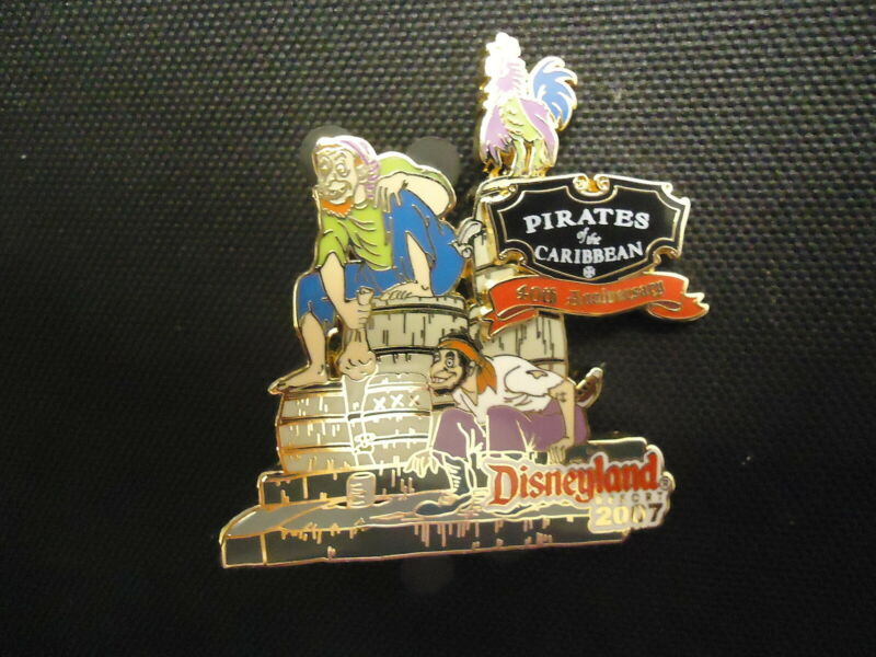 DISNEY DLR PIRATES OF THE CARIBBEAN 40TH ANNIVERSARY WE WANTS THE REDHEAD PIN LE