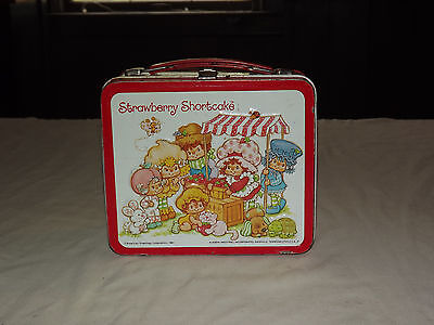 VINTAGE 1981 ALADDIN STRAWBERRY SHORTCAKE METAL LUNCHBOX