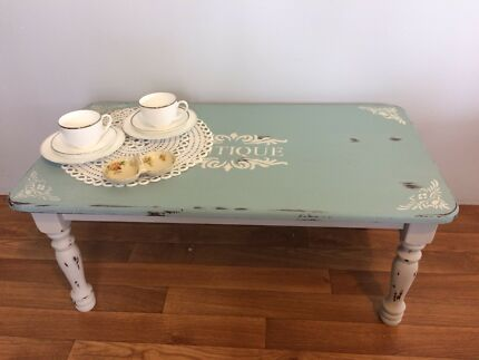 Shabby Chic / Hamptons / Country coffee table