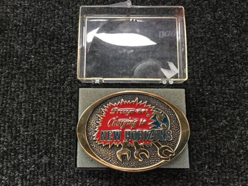 VINTAGE SNAP-ON TOOLS BRASS BELT BUCKLE Charging to New Horizons