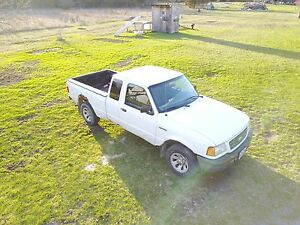 2001 Ford Ranger For parts or fixer upper try your trades