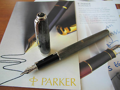 Parker Sonnet Chiselled Carbon 18kt Au Fine nib Fountain pen Mint