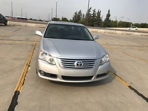 Toyota Avalon Limited LOW KM REDUCED