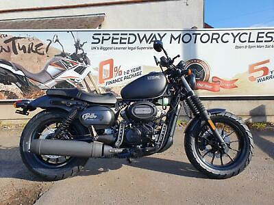 Hyosung Aquila GV 125cc motorcycle motorbike classic commuter