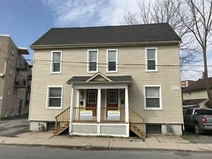 ATTN STUDENTS! 5 Bed house in great location! $500/bdrm-175 York