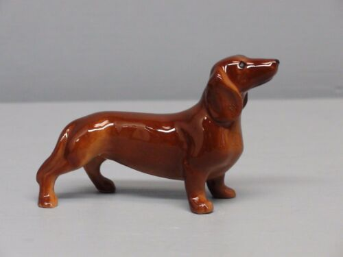 Hagen Renaker New Dachshund Dog