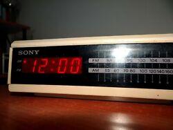 Vintage Sony Dream Machine Digital Alarm AM FM Clock Radio ICF-C2W Red LED WORKS