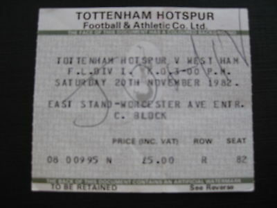 TOTTENHAM v WEST HAM UNITED  20/11/1982 USED TICKET