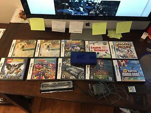 DS Nintendo gamer and 10 games