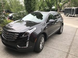Great  deal !LIKE  NEW 2018 luxury CADILLAC XT5! ONLU  1000KM!