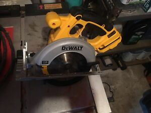Dewalt circular saw 18v + Dewalt reciprocating saw 18v