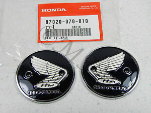 NEW-GENUINE-OEM-HONDA-GAS-FUEL-TANK-EMBLEM-BADGE-SET-PAIR-HE-070