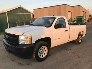 2008 chevy silverado reg cab 8ft box 2wd