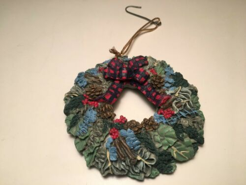 Holiday Wreath Christmas Tree Ornament Red Plaid Bow Stamped NR1999 3.5""