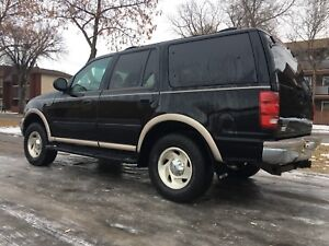 1999 Ford Expedition Eddie Bauer 4x4 with Tow Package
