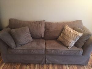 Couch in Great Condition