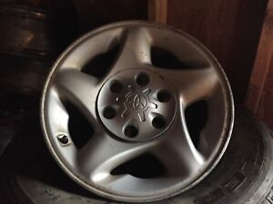 """16"""" Toyota rims with centers ."""