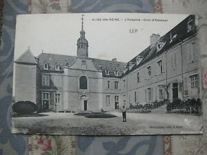 CPA-Alise-Ste-Reine-Cour-d-039-honneur-Hospice-Bourgogne