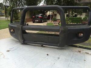 Toyota hilux winch bar Richmond Hawkesbury Area Preview