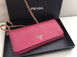 Authentic Prada saffiano wallet on chain