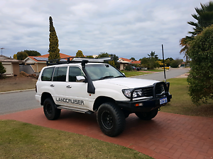 105 series land cruiser amaculate condition inside and out Warnbro Rockingham Area Preview